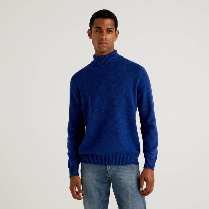 Turtleneck sweater in cashmere and wool blend
