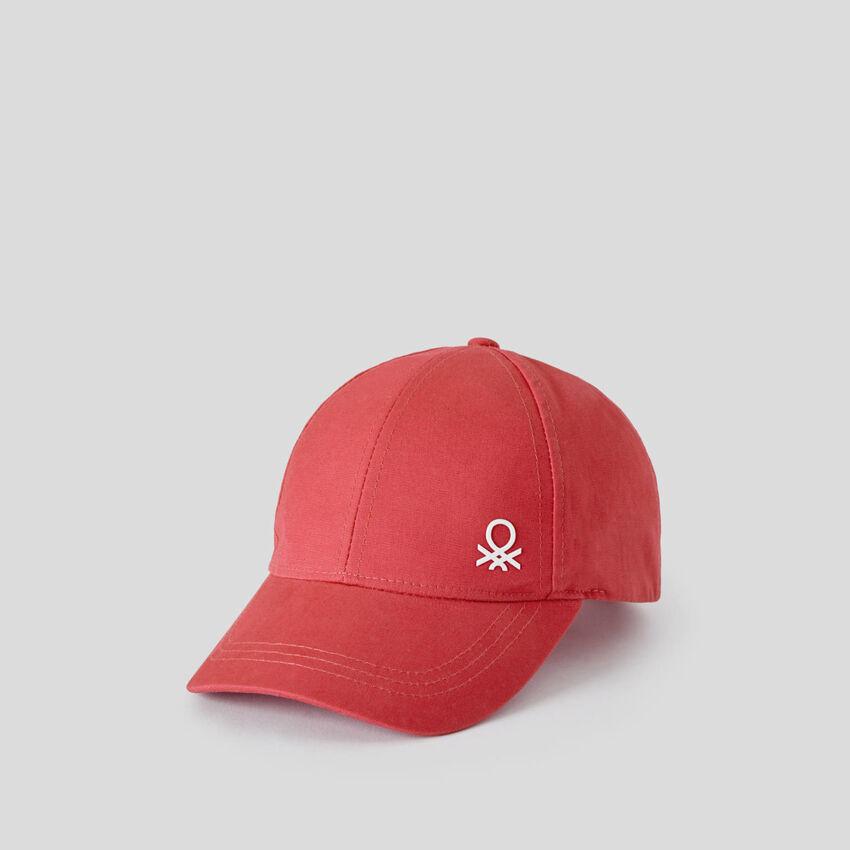 Cotton hat with brim