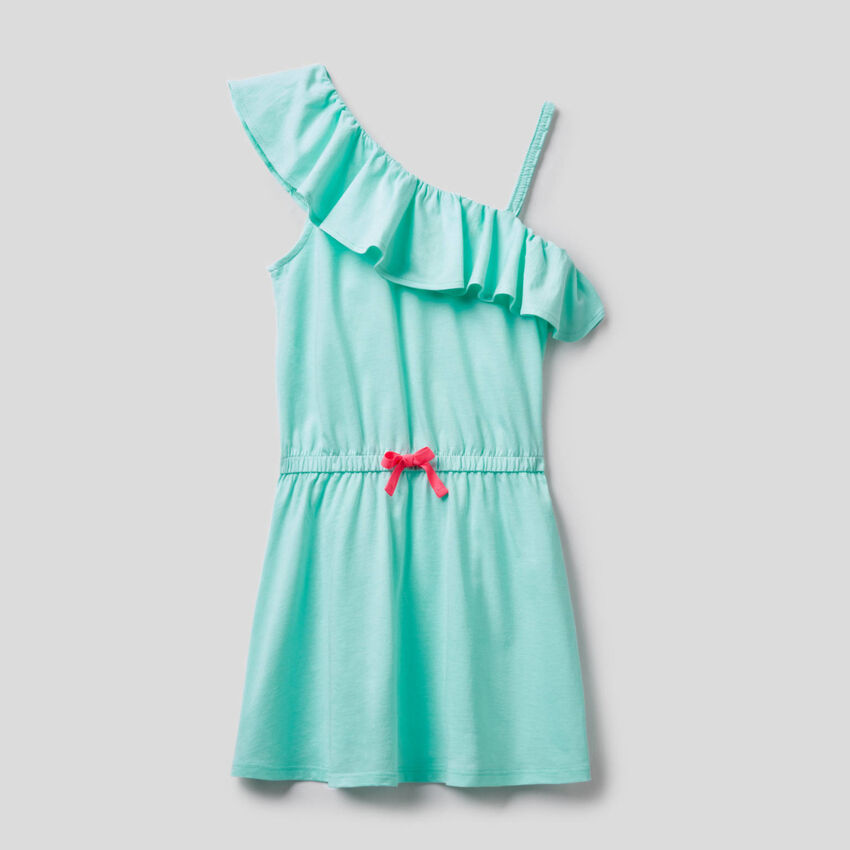 One-shoulder dress with frill