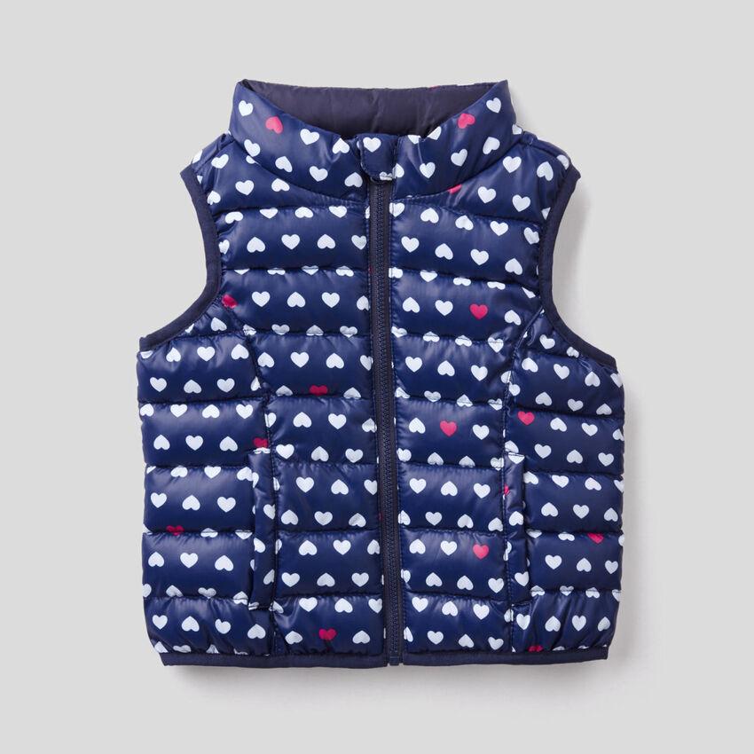 Sleeveless patterned print jacket