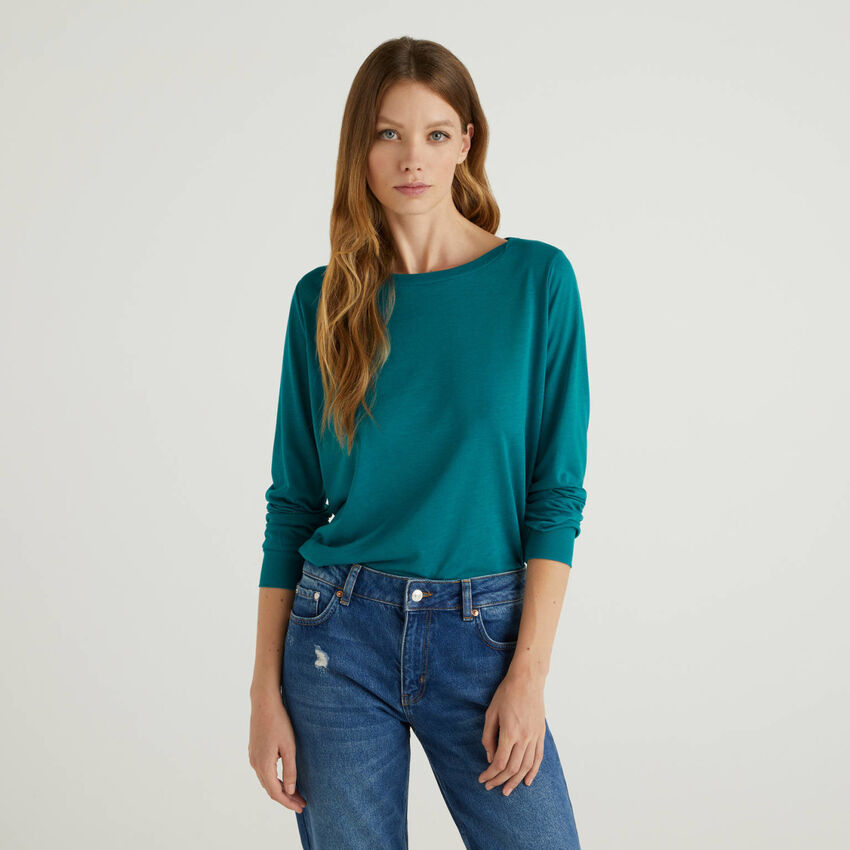 Long sleeve t-shirt with cuff