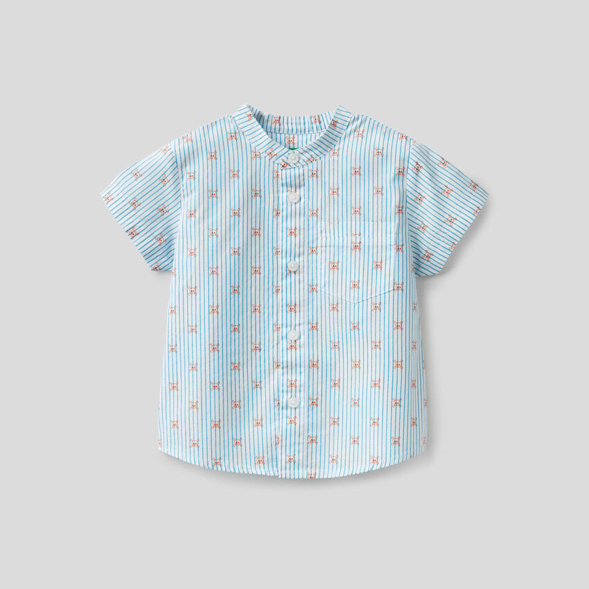 Shirt with skull pattern