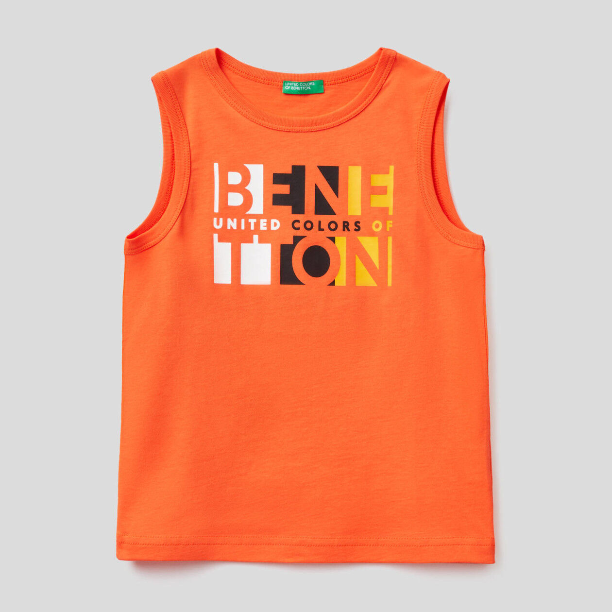 Sleeveless t-shirt with logo print