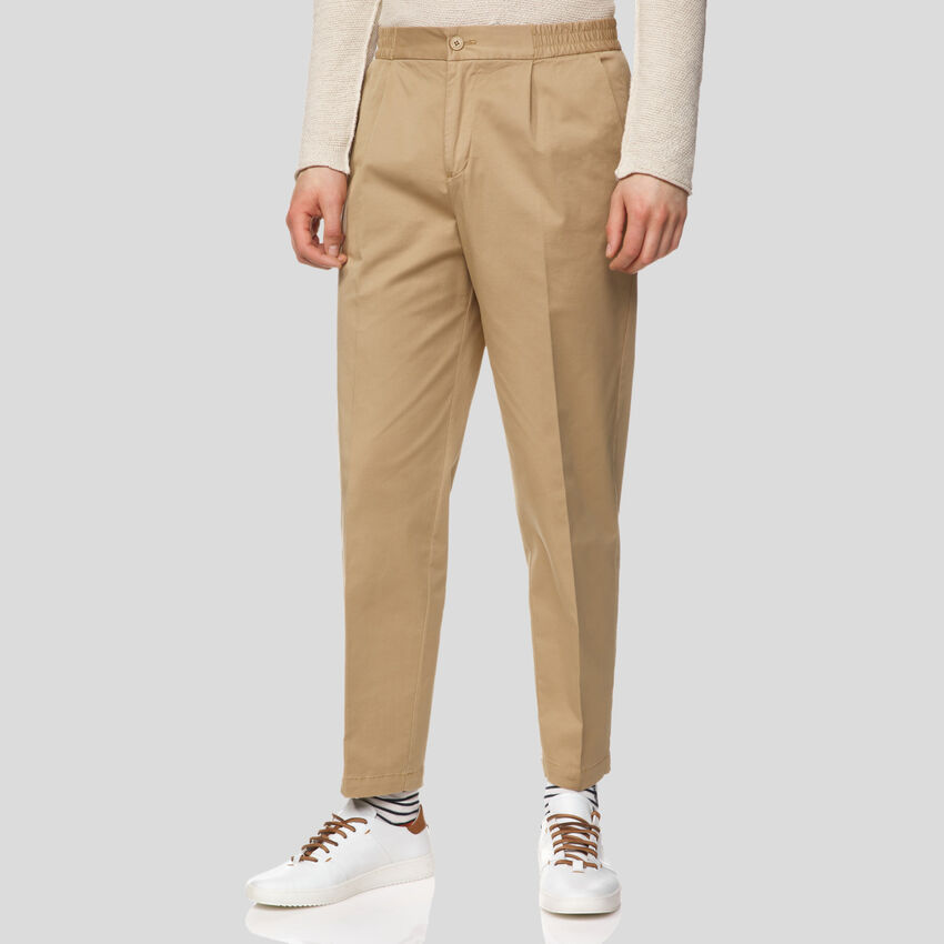 Chinos with elastic waist